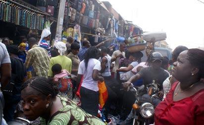 Lagosians  making last minute Chrismas shopping  at Oshodi Market.