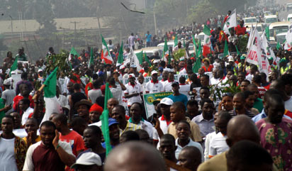 Protesters along Ikorodu Road in Lagos.