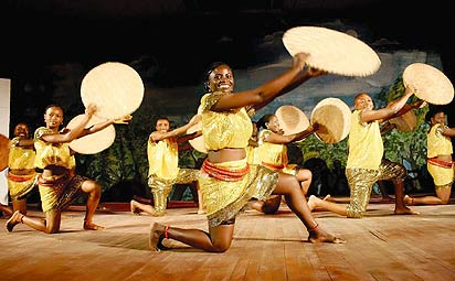 *Kolanut dance by the National Troupe of Nigeria. Photo: Kene Egbuchuna.