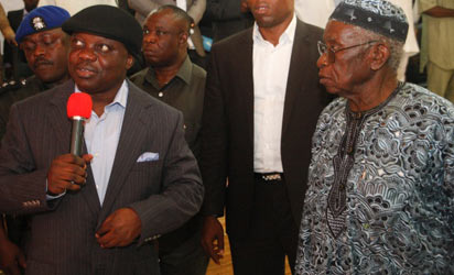 UNVEILING OF MASCOT: Governor Emmanuel Uduaghan of Delta State (left) and Dr. Awotore Elaya, former Secretary General of Supreme Council for Sports in Africa (right) during the unveiling of Mascot for the fourth coming Dr. Awotore Elaya Athletic Championship month in Sapele nest month. Photo: Henry Unini