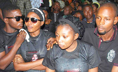 """Komolafe at the feneral church service for Late actress, Miss.Veronica Olabisi Komolafe held at St. Mary Catheral Church, Oke-Padre, Friday Pix BY SHOLA OYELESE, IBADAN """""""