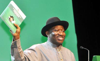 PRESIDENT GOODLUCK JONATHAN PRESENTING HIS ADMINISTRATIONS MID-TERM REPORT AT THE 2013 DEMOCRACY DAY CELEBRATION IN ABUJA ON WEDNESDAY (29/5/13). STATE HOUSE PHOTO