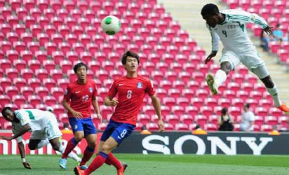 Olarewaju Kayode of Nigeria scores his goal during the FIFA U-20 World Cup group B match between Korea Republic and Nigeria at the Ali Sami Yen Arena on June 27, 2013 in Istanbul, Turkey. (FIFA)