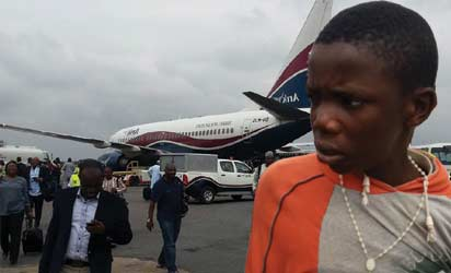 The apprehended teenager who stowed from Benin.
