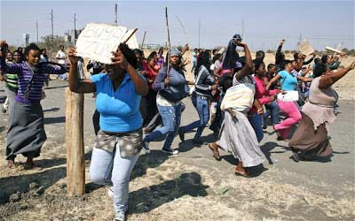 Some South African women married to Nigerians staged a peaceful protest in Johannesburg.