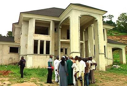 *SSS Raid Boko Haram in Abuja: Uncompleted building where Boko Haram members reside  behind Apo Legislative Quarter in Abuja. Photo by Gbemiga Olamikan .
