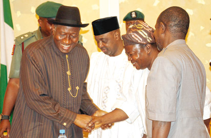 President Goodluck Jonathan (left); ASUU Vice President, Mr. Biodun Ogunyemi Onabanjo (2nd right); Vice President Namadi Sambo (2nd left) and ASUU President, Nasir Faggae (right) during the meeting.