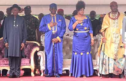 From left:President Goodluck Jonathan; Pastor Ayo Oritsejafor; his wife, Helen; and the Olu of Warri, Ogiame Atuwatse II