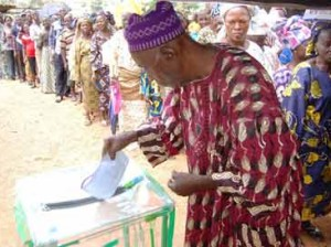 91 years old man casting his vote at Iyin Ekiti. Pic by Dare Fasube