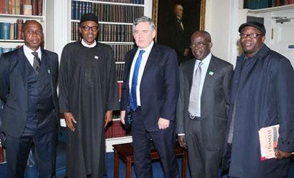 BUHARI AT CHATHAM HOUSE—From left: Governor Rotimi Amaechi of Rivers State; Gen. Muhammadu Buhari (Retd); former British Prime Minister, Gordon Brown; APC national leader, Bola Ahmed Tinubu and former Governor of Ekiti State, Kayode Fayemi at Chatham House, London, yesterday.
