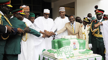 NIGERIA @55— Third from left: Speaker, House of Representatives, Yakubu Dogara; Vice President Yemi Osinbajo; President Muhammadu Buhari; Senate President, Bukola Saraki and Chief Justice of the Federation Mahmud Mohammed and others, cutting the cake to celebrate the 55th Independence Anniversary of Nigeria at the forecourt of the Presidential Villa, Abuja, yesterday. Photo by Abayomi Adeshida.