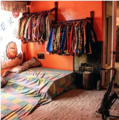 Fela-bedroom