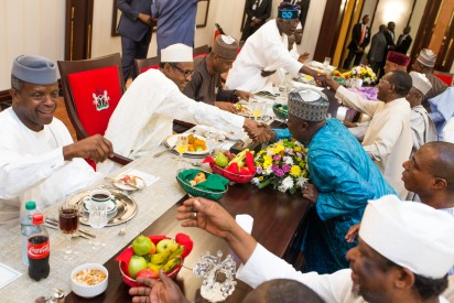 President Buhari, Vice President Prof. Yemi Osinbajo, Senate President Bukola Saraki and Chief Bola Ahmed Tinubu all exchanging compliments with Senators as President Buhari hosted Senators to Interactive Dinner at the Presidential Banquet Hall in Statehouse on 25th Nov 2015