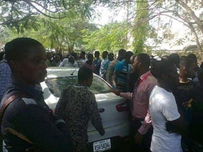 Supporters of Nnamdi Kanu stormed Abuja on Monday, November 23, 2015, in a solidarity protest for their leader who was arraigned in Wuse Zone 2 Magistrate Court, Abuja