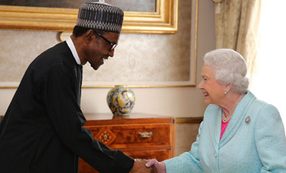 President Buhari meets Queen Elizabeh II during the 2015 Commonwealth Heads of Government Meeting in Malta