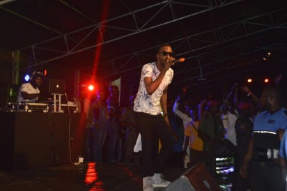 9ice performing