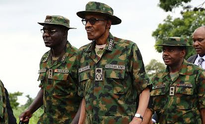 President Buhari interacts with troops of HQ 1 BDE in Dansadau Zamfara State as part of the 2016 Nigerian Army Day celebration on 13th July