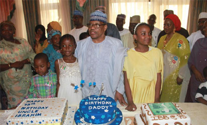 Former Head of State, Gen. Ibrahim Babangida with his children and grand children during prayers to mark the 75th Birthday celebrations for Gen. Babangida at the Hilltop, Minna, Niger State