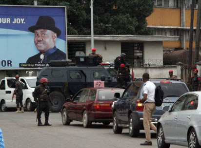 Police Blocked Acess Road to PDP Convention in PH 4