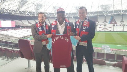 Proprietor, FC Ifeanyi Ubah, Dr. Patrick Ifeanyi Ubah (m) and representatives of West Ham United during the signing of the deal on Friday, August 19, 2016, in London