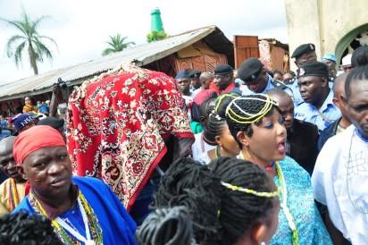 Arugba of the 2016 Osun Osogbo festival.Photo;Akeem Salau