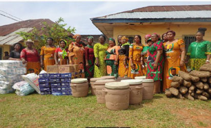 The food items brought for the inmates by Chikwelu, the representative of Obiano's wife and other delegation from Govt. House, Awka.