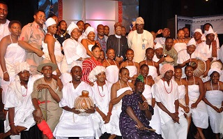 "Minister of Information and Culture Lai Mohammed and Artistic Director of the National Troupe Akin Adejuwon in a group photograph with members of the National Troupe during the Command Performance of ""Death and the King's Horseman"" in Lagos on Saturday to commemorate the 30th anniversary of the award of Nobel Prize to Prof. Wole Soyinka"
