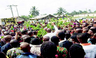 Youths vow to shut down export terminal, flow stations