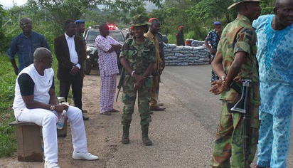 Photos: Fayose tells soldiers how he ran way from Nigerian Army training