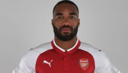Arsenal sign Lacazette from Lyon