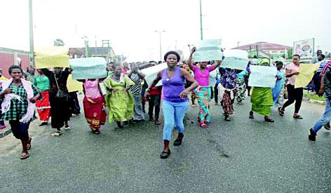 Ologbotsere: Jakpa people, Itsekiri protest; Olu of Warri suspends plan to install Emami