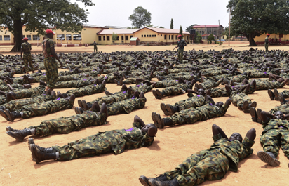 Recruits undergo training at the headquaters of the Depot of the Nigerian  Army in Zaria, Kaduna State in northcentral Nigeria, on October 5, 2017.