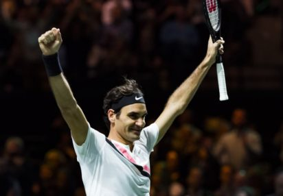 Family spurs Federer to victory, Latest Tennis News