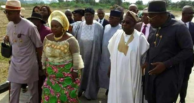Obasanjo, Dickson and others during the unveiling of many projects in Bayelsa state.