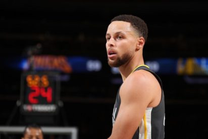 Stephen Curry (knee) out at least one more week for Golden State