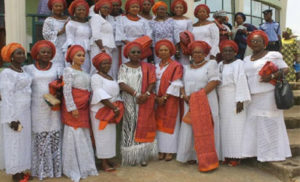 Wife of Ondo state Governor, Chief (Mrs) Betty Anyanwu - Akeredolu (middle), with members of Forum for Wives of Ondo State Officials (FOSOWO) during their programme at Akoko South West where women and youths from the local government were empowered.