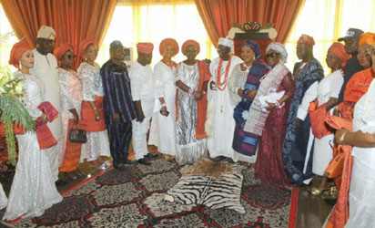 Wife of Ondo state Governor, Chief (Mrs) Betty Anyanwu - Akeredolu (middle), Olubaka of Oka-Akoko, Oba (Dr) Yusuf Adebori Adeleye (right), and others paid a courtesy visit to the palace of Oba Olubaka during the Forum for Wives of Ondo State Officials, (FOWOSO) Empowerment Outreach Programme for Women, Youths and Special needs people in Akoko South West Local Government Area of Ondo State.