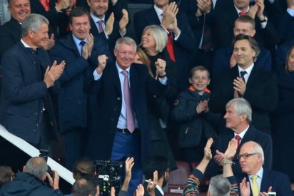 Touching Scenes As Sir Alex Ferguson Returns To Old Trafford