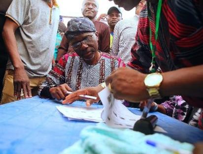 Sanwo-Olu at Lagos APC primaries