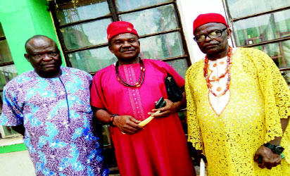 •From left; Zonal Chairman, Enugu North senatorial district of the PDP, Chief Michael Onyeze; Igwe Patrick Okenyi of Okpo and the Igwe-elect of Odom-Okpo, Vincent Obodike Eze