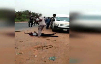Breaking: Viral video shows Customs officer shoot man dead over alleged N5000
