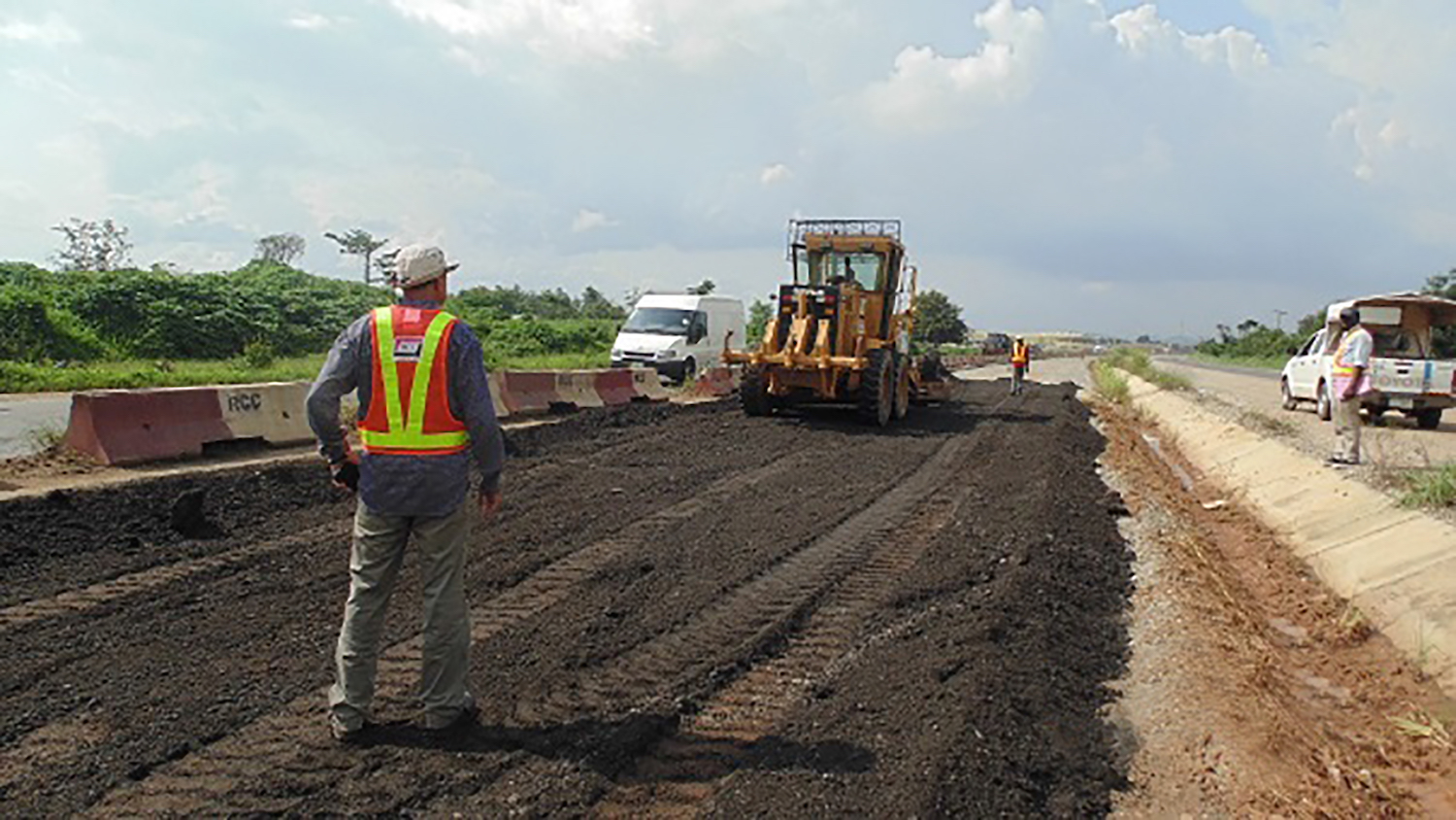 BREAKING: Second Niger Bridge, Lagos-Ibadan, Abuja-Kaduna Roads can't be completed under Buhari ― Reps