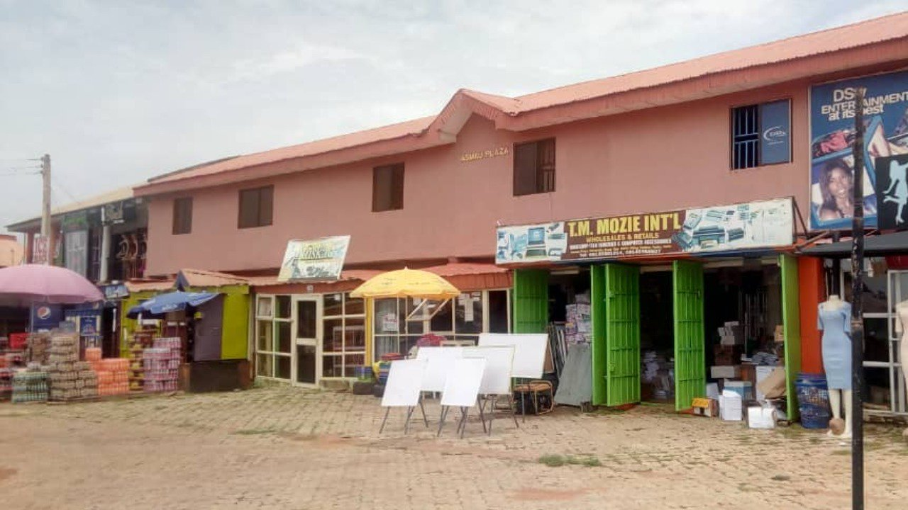 Asmau Plaza EFCC