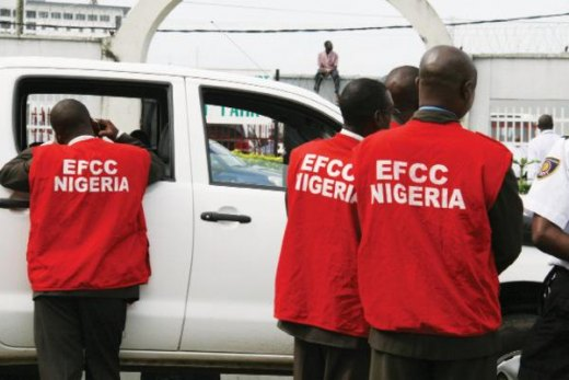 Alleged internet fraud: EFCC arrests brothers, 3 others in Ibadan