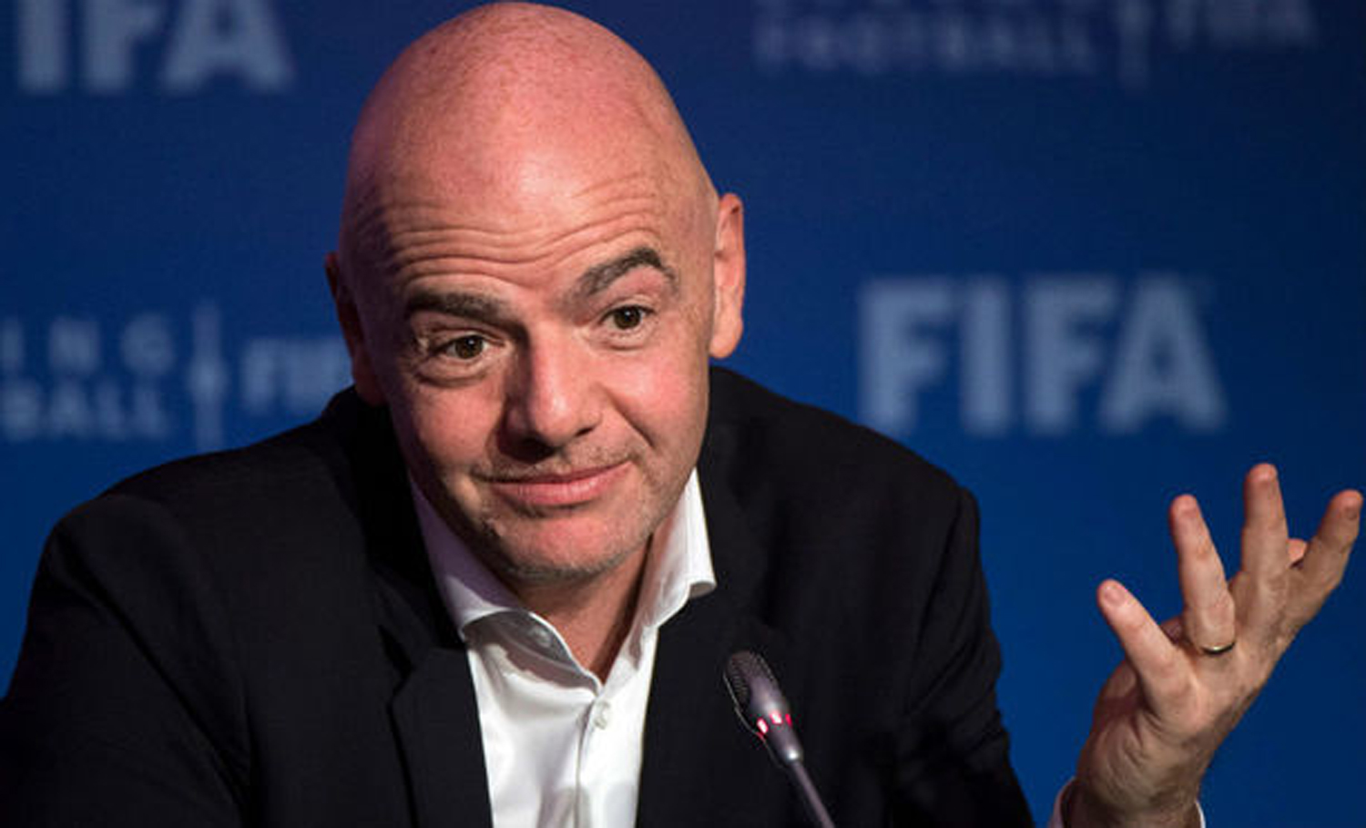 Gianni Infantino, Wenger, Football