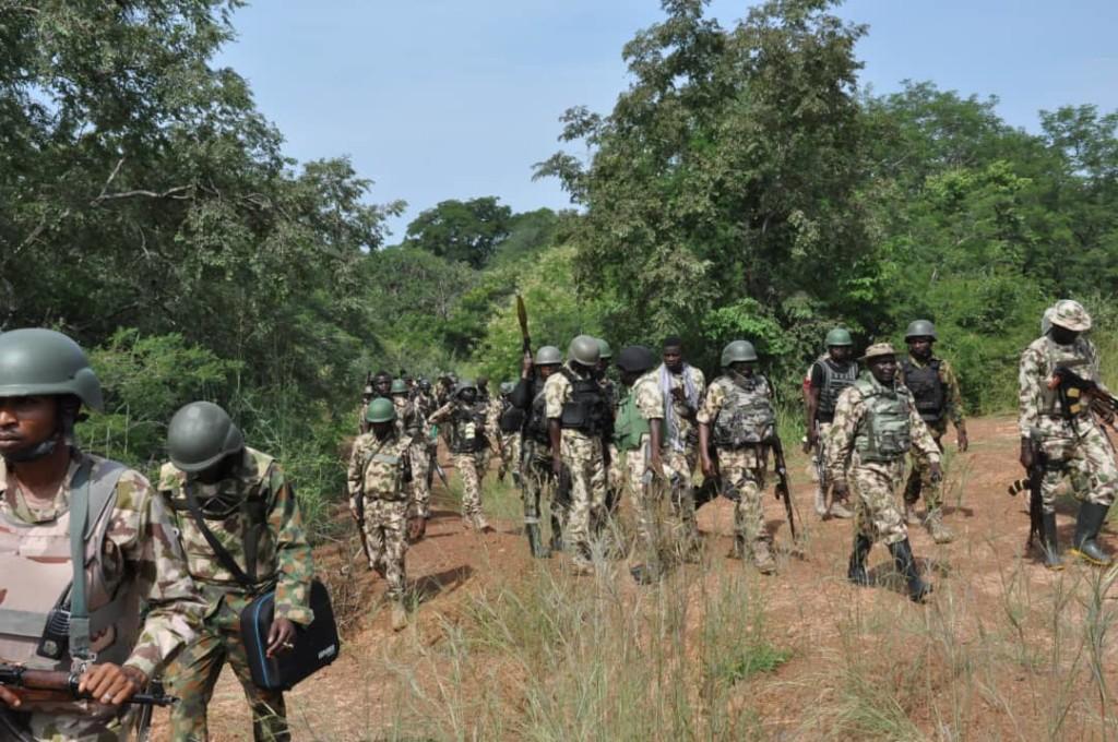 Troops, Bandits