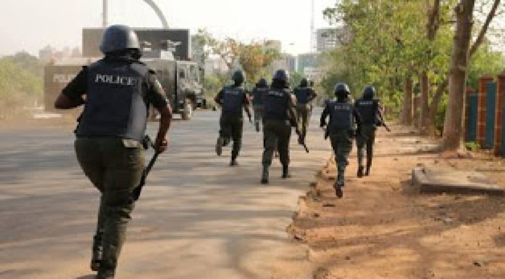Policemen, thugs