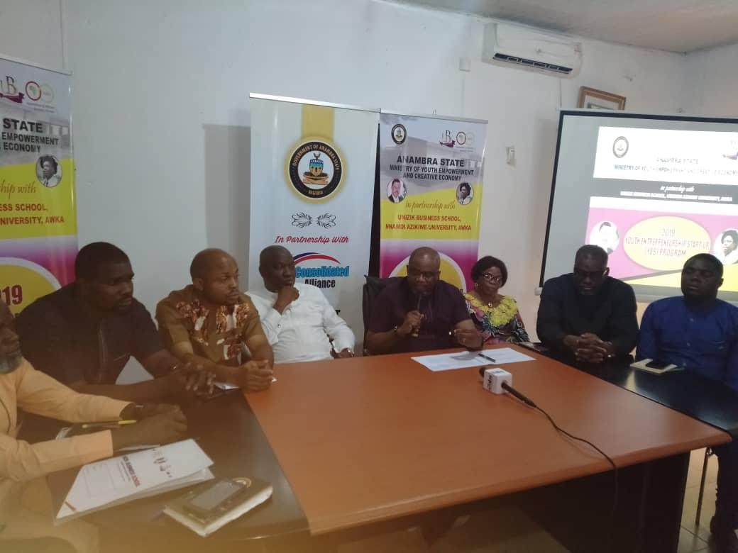 Anambra trains 300 youth entrepreneurs in partnership with UNIZIK