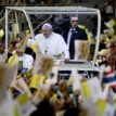 Pope urges Thais not to see Christianity as 'foreign'