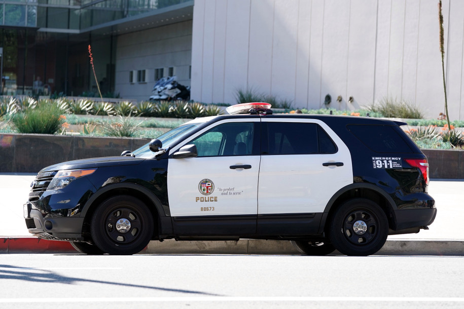 Los Angeles, Police Officer, Corpse